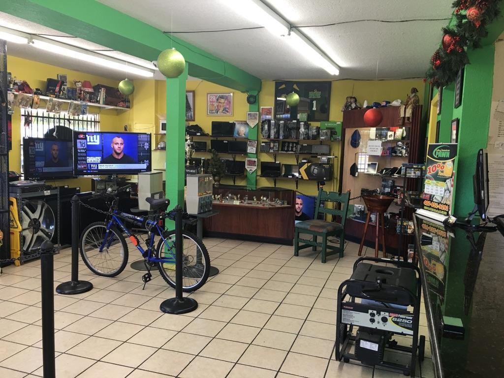 Latina pawn shop
